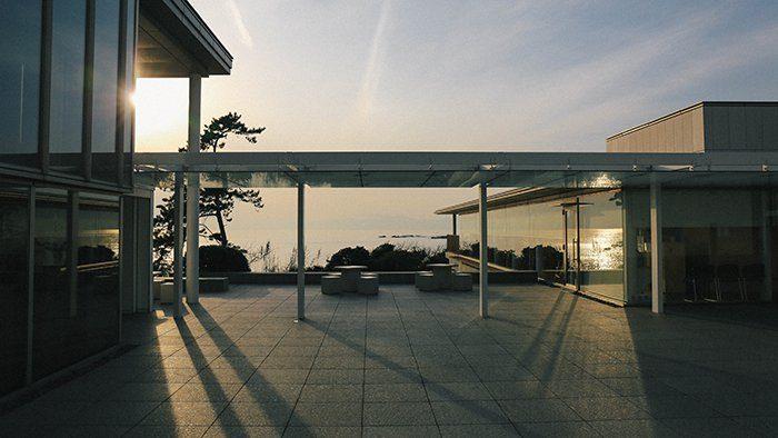 けんちく目線で見てみよう!「神奈川県立近代美術館」