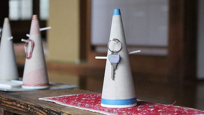 製造工程で捨てられてしまう糸巻きの芯を活用! <br />岐阜発のデザインプロジェクト「mikketa」のキーコーン