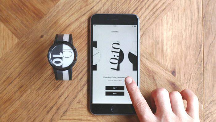 スマホアプリを使って好みのデザインに変えられる時計「FES Watch U」