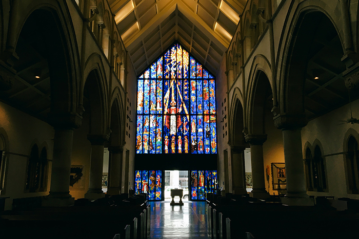 ハワイ hawaii ワイキキ ダウンタウン 教会 ステンドグラス