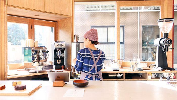 「コーヒーをつくる人」という意味の名をもつコーヒーレーベルCoffee Wrights(コーヒーライツ)のロースタリーが三軒茶屋にオープン!
