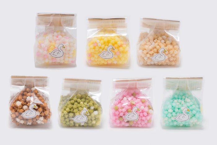 キラキラ輝くお星さまみたいな米菓子「浮き星」