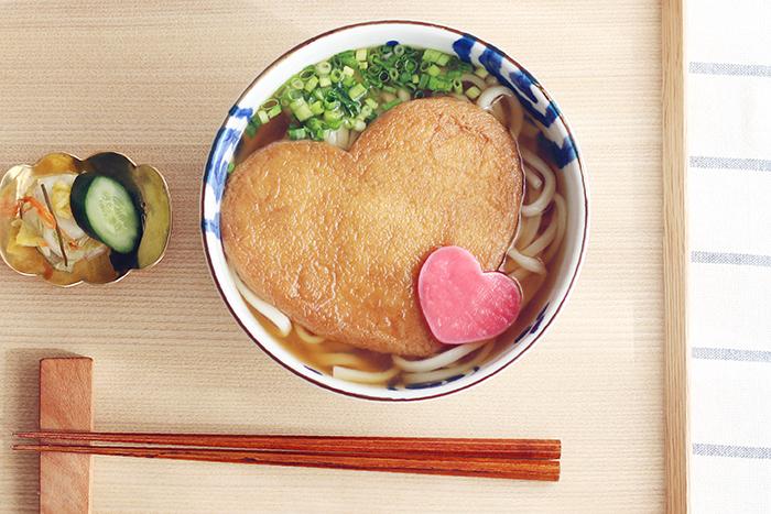 """日本三大うどん""""水沢うどん""""を、伊香保・大澤屋「LOVEきつね」で味わうバレンタイン。"""