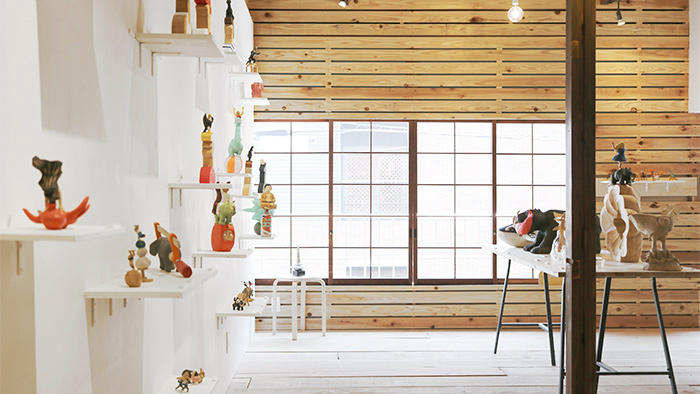 作家が暮らしながら、展示できるギャラリー「ondo STAY&EXHIBITION」