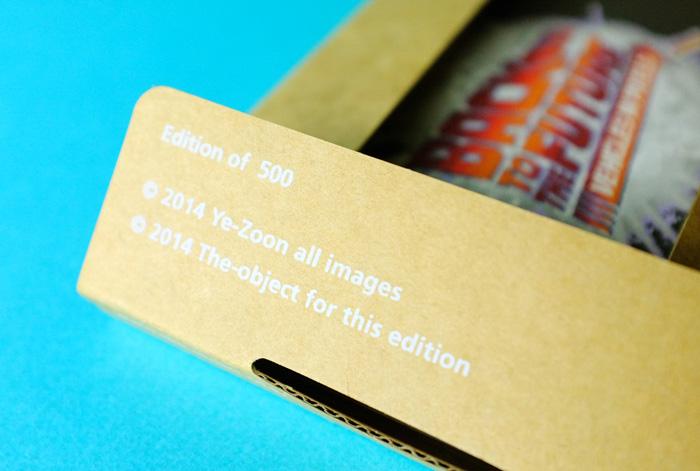 パッケージの中にはEdition of 500と印刷されています。このZINEは500冊作られたということですね。
