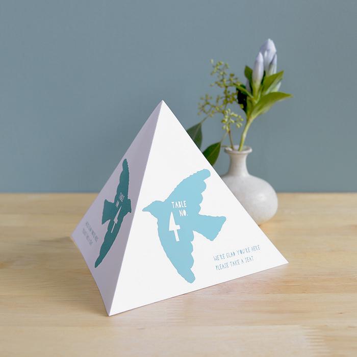 4. 紙だけでカンタンにつくれる鳥のテーブルナンバー