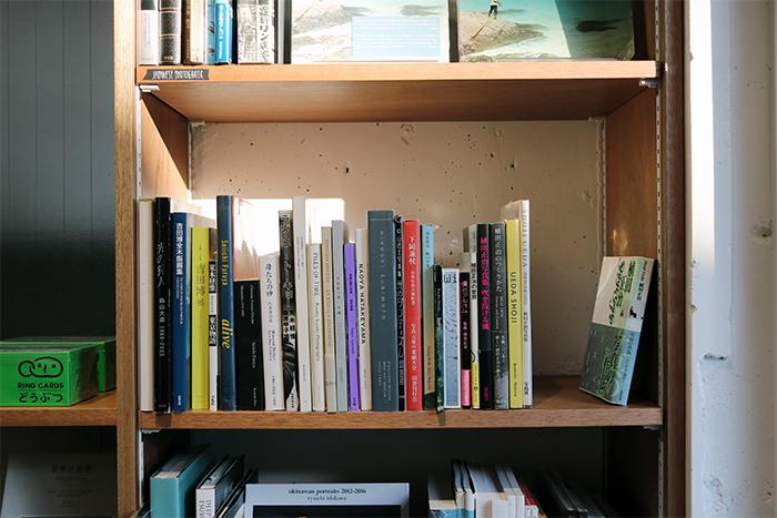 book obscuraでは、写真集や美術書、デザイン書を中心に買取もしています。