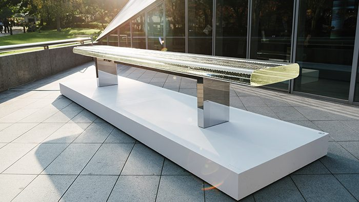 ガラスから生み出される光の世界を堪能する。「吉岡徳仁 光とガラス」展が開催中