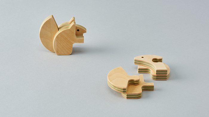ベビーギフトにぴったり!まったく新しい合板「Paper-Wood」を使用した木のおもちゃ「アニマルパズル ezorisu」