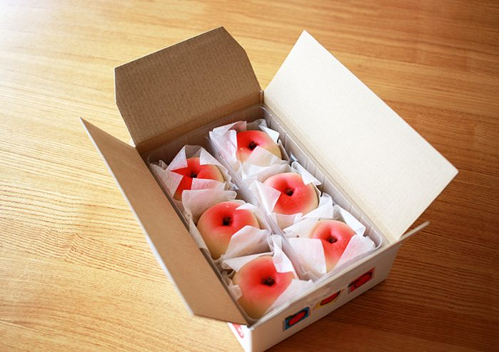 ミニチュアのりんご箱みたい!長野の民芸菓子「信州りんご」