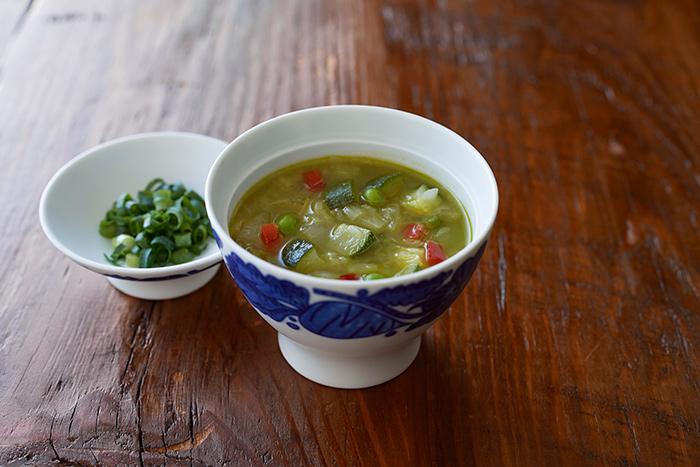 スープの器