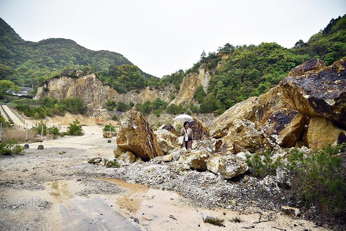 (有田焼の始まりの地と呼ばれる泉山磁石場にて。)