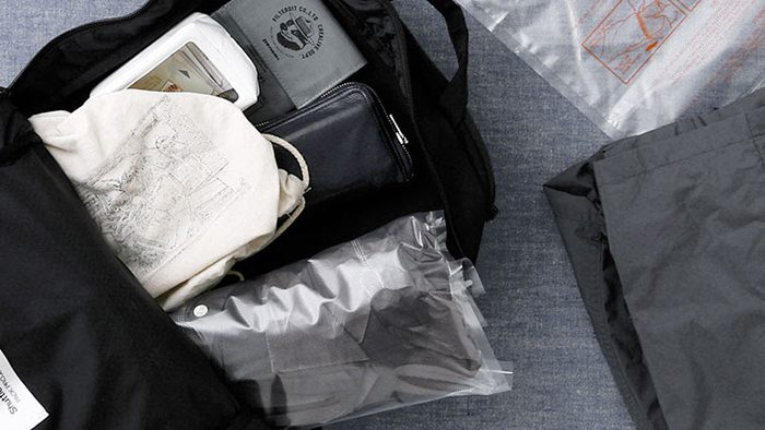 これまでにない、おしゃれな真空圧縮袋!HIGHTIDEの「コンプレッションバッグ」