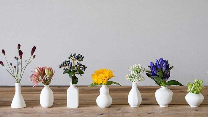 """""""窯を持たないメーカーになりたい""""という想いを持った問屋さんが開発。有田の技術から生まれる美しい花瓶「なみだつぼ」"""