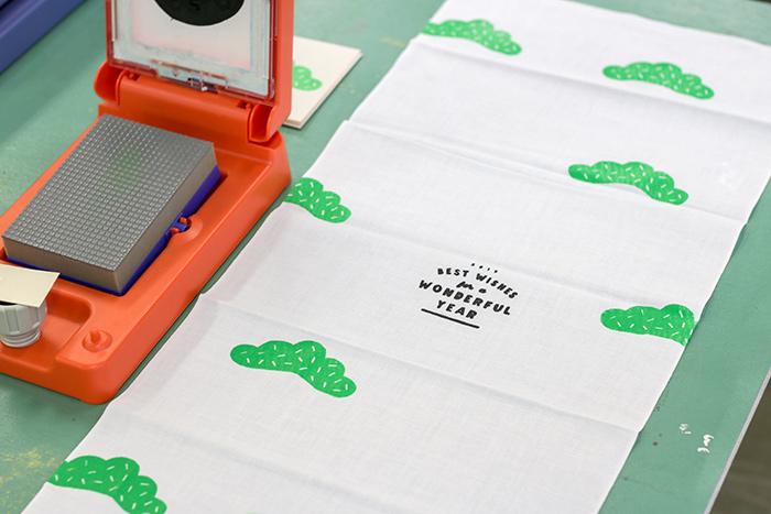プリントゴッコは、紙に印刷するイメージが強かったけれど、布でも問題なくきれいに印刷できました!