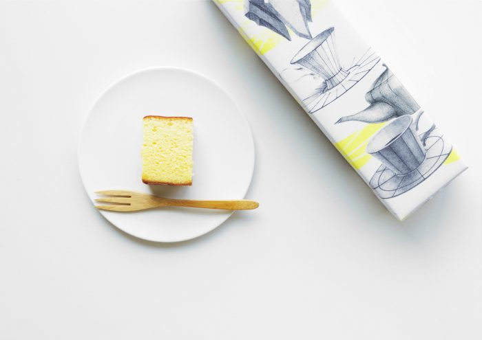 イラストレーター・河井いづみさんデザインの包装紙が素敵!地元の素材をたっぷり使用した西善製菓舗「長崎かすていら」