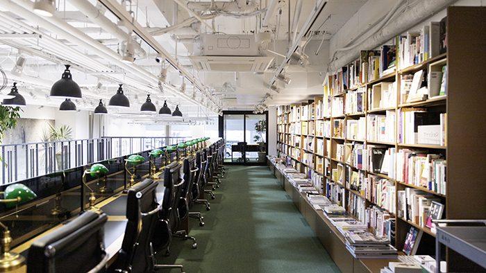 入場料のある本屋「文喫」が六本木に誕生!本と出会うための時間と空間を提供する、新しい本屋のかたち。
