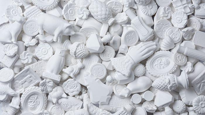 日本の職人による高度な技術で仕上げられる石膏のアロマオーナメントが素敵!アロマデザインブランド「BALLON」