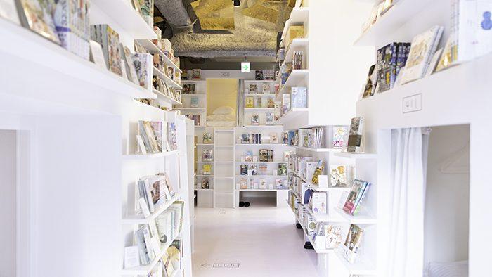眠れないホテル!?一晩中マンガの世界に浸れる「MANGA ART HOTEL, TOKYO」が神保町にオープン!