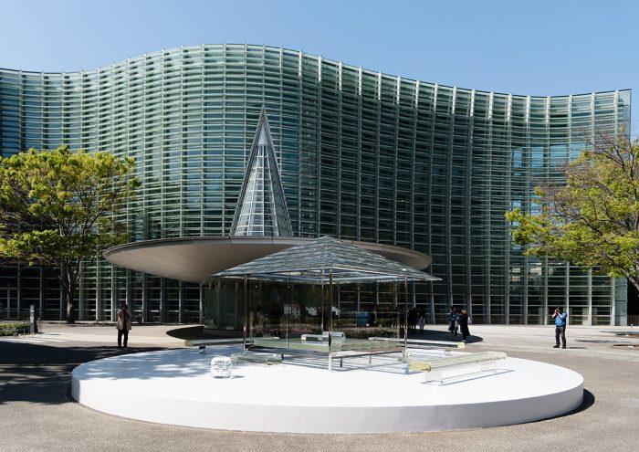 「吉岡徳仁 ガラスの茶室 – 光庵」が東京・国立新美術館で特別公開!
