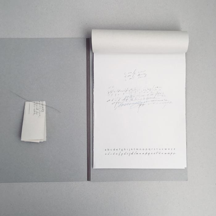 (表紙に文字を描きアレンジしてつくる 紙製ファイルブック)