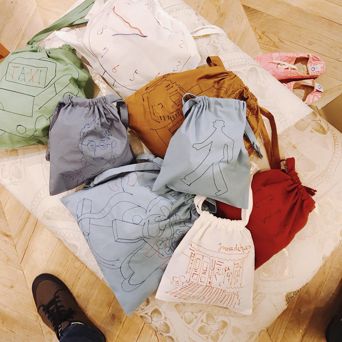 ホリデー刺繍バッグ