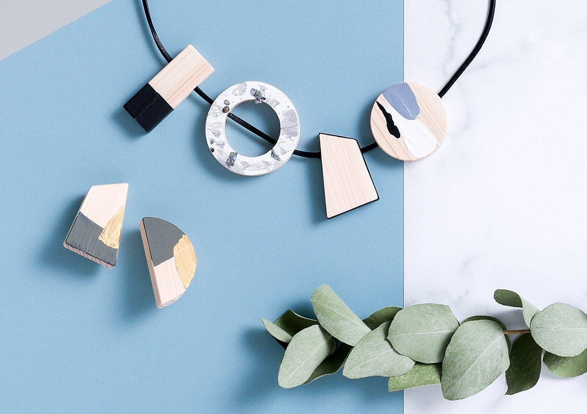 幾何学型のパーツがかわいい!作って楽しむ「FÖRNE」のヒノキのアクセサリーキット