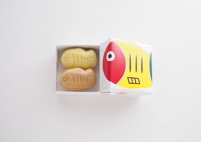 縁起のいい郷土玩具がモチーフ。栃木・宇都宮のギャラリーたまきが販売する「黄ぶなっこ最中」