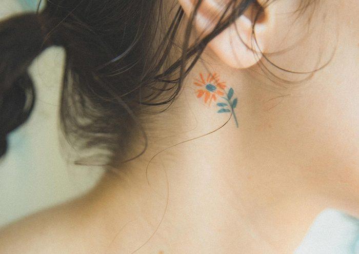 シンプルな手描きイラストがかわいい。タトゥーシールブランド「opnner」