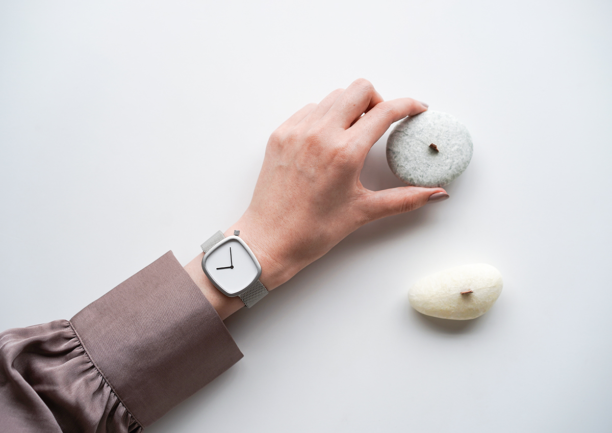 BERING Pebble Watch