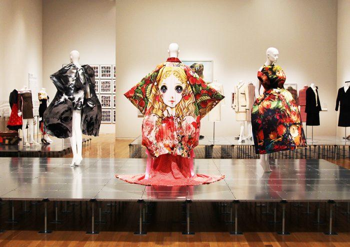 「ドレス・コード?─ 着る人たちのゲーム 」展が東京で待望の開催!私たちにとってのファッションとは?