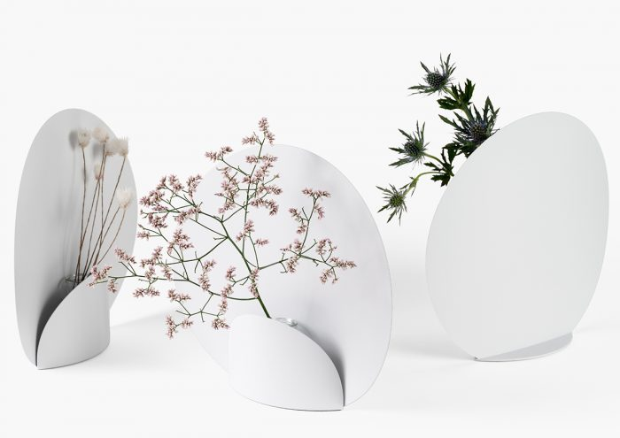 一瞬一瞬を映し出す。活けられた花がそのままアートになる花瓶「Picture」