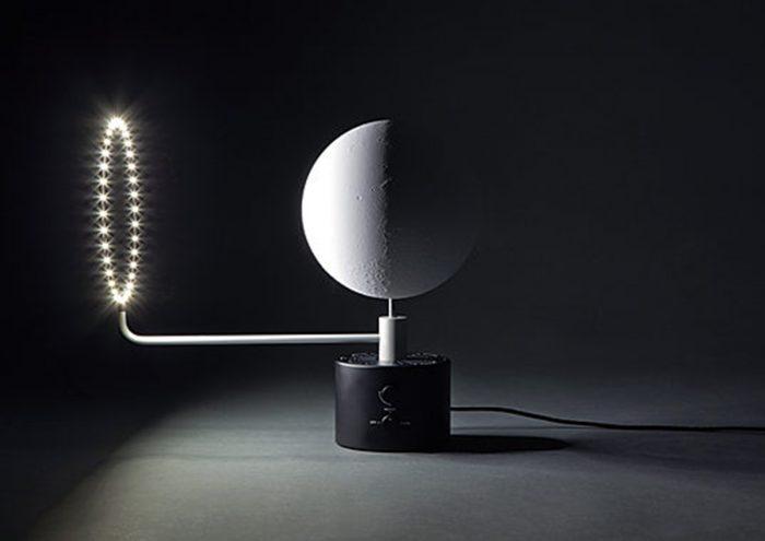 自宅で月面探索はいかが?細部までこだわった美しい月球儀「ムーンランプ MOON+SUN」