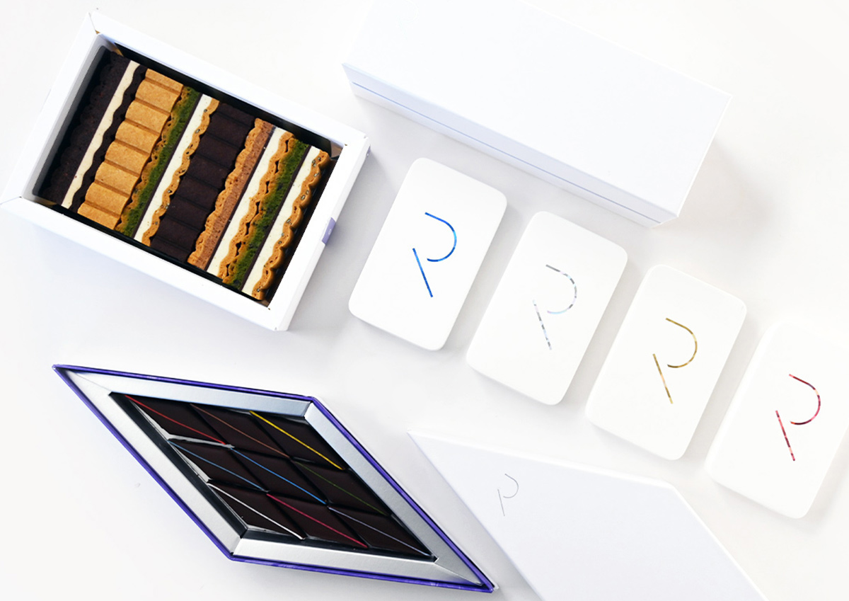 お菓子を引き立てる、白を基調としたパッケージが美しい。京都発のスイーツブランド「RAU」