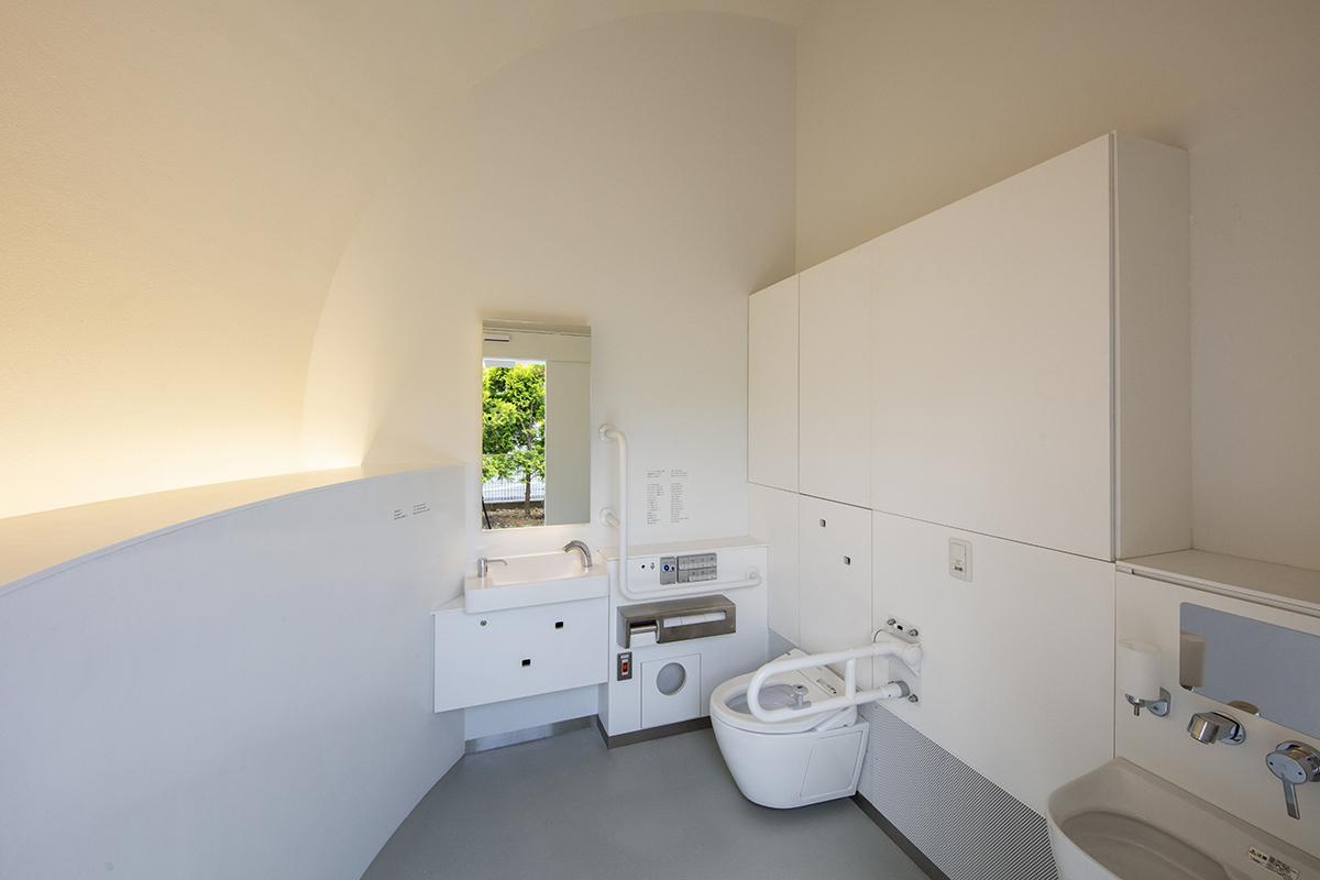 七号通り公園トイレ